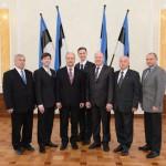 EKRE saadikud said peaminister Jüri Ratase käest kätte ebaleva vabanduse