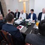 Koalitsiooniläbirääkimised: jõuti kokkuleppele abortide arvu vähendamise osas
