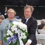 EKRE asetas Maarjamäel pärja Molotov-Ribbentropi pakti ohvrite mälestuseks