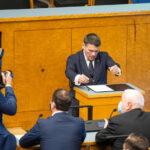Siseminister Alar Laneman andis Riigikogus ametivande ja astus ametisse
